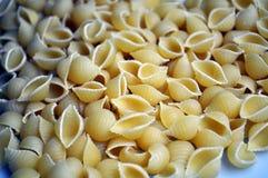 Herz formte traditionelle italienische Nahrung der Teigwaren lizenzfreie stockfotografie