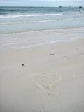 Herz gezeichnet auf Sand in Florida Lizenzfreies Stockbild