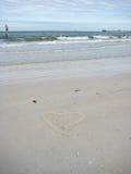 Herz gezeichnet auf Sand in Florida Lizenzfreies Stockfoto