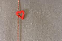 Herz mit Kordel Lizenzfreie Stockbilder