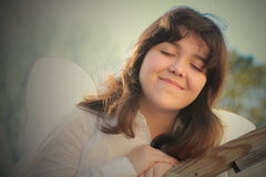 Herz und Seele der jungen Frau lizenzfreies stockfoto
