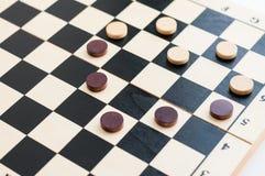 Herz von den Chips auf einem Schachbrett Lizenzfreies Stockbild