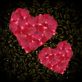 Herzen von rosa rosafarbenen Blumenblättern Lizenzfreie Stockfotografie
