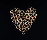 Herzform gemacht von den Teigwaren Teigwaren in Form eines Herzens Stockbild