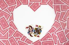 Herzform machte von den roten Spielkarten stockbilder