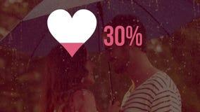Herzform und -zahlen, die mit Farbe mit Paaren im Hintergrund auffüllen stock footage