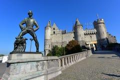 Het斯滕,中世纪堡垒在安特卫普的老市中心 免版税库存图片