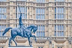 Het 1st standbeeld van Richard in Londen, Engeland Stock Afbeeldingen