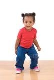 Het aanbiddelijke Afrikaanse baby dansen Stock Afbeelding