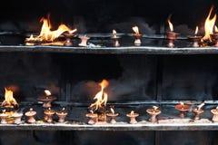 Het aanbieden van kaarsen Zula Stock Foto