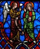 Het Aankondigingsgebrandschilderde glas in Kathedraal van Reizen, Frankrijk Stock Foto's