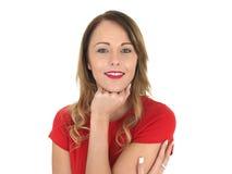 Het aantrekkelijke Gelukkige Glimlachen ontspande Jonge Vrouw royalty-vrije stock afbeelding