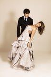 Het aantrekkelijke Jonge Dansen van het Paar royalty-vrije stock afbeelding