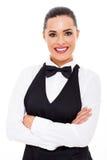 Aantrekkelijke jonge serveerster royalty-vrije stock afbeeldingen