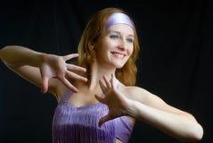 Het aantrekkelijke vrouw dansen Stock Foto