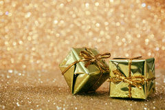 Het abstracte beeld van Kerstmisdecoratie met schittert achtergrond Stock Afbeeldingen