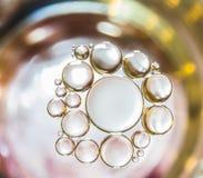 Het abstracte licht van waterbellen Stock Afbeeldingen