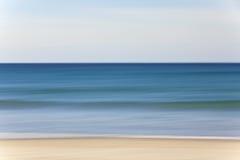 Het abstracte Strand van het Onduidelijke beeld van de Motie en Overzeese Achtergrond Royalty-vrije Stock Fotografie