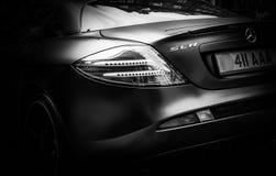 Het achterlicht van een super auto stock afbeeldingen