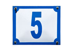 Het adres van de straat nummer vijf geïsoleerde plaat Royalty-vrije Stock Afbeeldingen