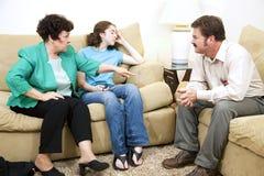 Het adviseren - het Drama van de Familie Stock Fotografie