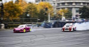Het afdrijven Nissan versus Subaru Royalty-vrije Stock Afbeeldingen