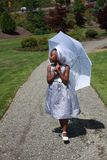 Het Afrikaanse Amerikaanse lopen van het Meisje Royalty-vrije Stock Foto
