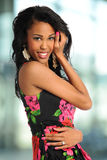 Het Afrikaanse Amerikaanse Vrouw Glimlachen Royalty-vrije Stock Foto's
