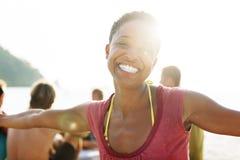 Het Afrikaanse Concept van de het Gelukvrijheid van het Vrouwenstrand royalty-vrije stock afbeeldingen