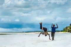 Het Afrikaanse kinderen spelen Royalty-vrije Stock Foto