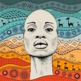 Het Afrikaanse Meisje met Afrikaanse hand trekt ethnopatroon, stammenachtergrond Mooie zwarte De mening van het profiel Vector il Stock Foto