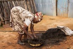 Het Afrikaanse vrouw werken Royalty-vrije Stock Afbeelding