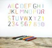 Het alfabet door een kleurpotlood wordt getrokken dat Royalty-vrije Stock Foto's
