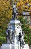 Het algemene van het Standbeeldlafayette van Lafayette Park Autumn Washington gelijkstroom royalty-vrije stock foto's