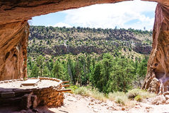 Het Alkoofhuis bij Nationaal het Monumentenpark van Bandelier in Los Alamos, New Mexico stock afbeelding