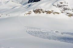 Het alpiene landschap van de de winterberg Franse Alpen met sneeuw Stock Afbeeldingen
