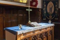 Het altaar van de kerk Stock Foto's