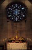 Het altaar van de kerk Stock Afbeelding