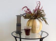 Het alternatieve de voorbereidings professionele koffie van de filterkoffie brouwen Royalty-vrije Stock Afbeeldingen