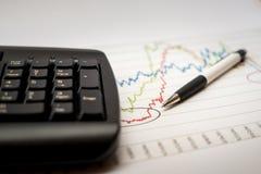 Het analyseren van financiële gegevens Stock Fotografie