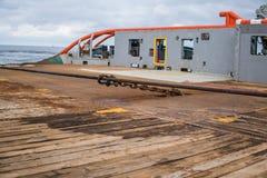 Het anker-behandelend schip van Tug Supply AHTS tijdens het slepen royalty-vrije stock foto's