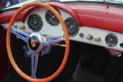 Het antieke Binnenland van de Auto van Porsche Stock Foto