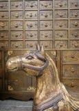 Het antieke paard van het brons royalty-vrije stock afbeeldingen
