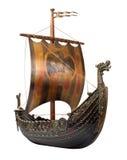 Het antieke Schip van Viking dat op wit wordt geïsoleerd Stock Foto's
