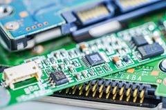 Het apparaat van de de hoofdraadselektronika van de computerkring cpu: concept hardware en technologie stock foto