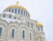 Het architecturale fragment van de Zeekathedraal van Sinterklaas in Kronstadt Stock Afbeelding