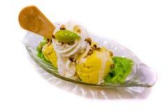 Het aroma eigengemaakte laag van de roomijsmango - calorie stock afbeelding