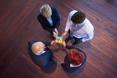 Het assembleren puzzel Stock Foto's