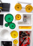 Het assembleren van de wetenschap speelgoed Royalty-vrije Stock Foto's