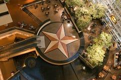 Het atrium en de hal van het hotel Royalty-vrije Stock Foto's